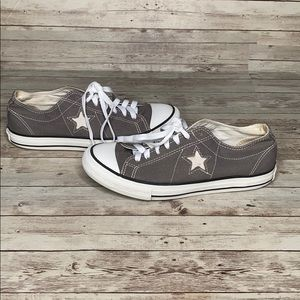 Converse Grey White One Star 7M